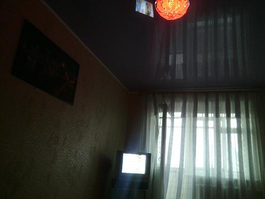 1-комнатная квартира посуточно в Умани. ул. Ленина, 21. Фото 1