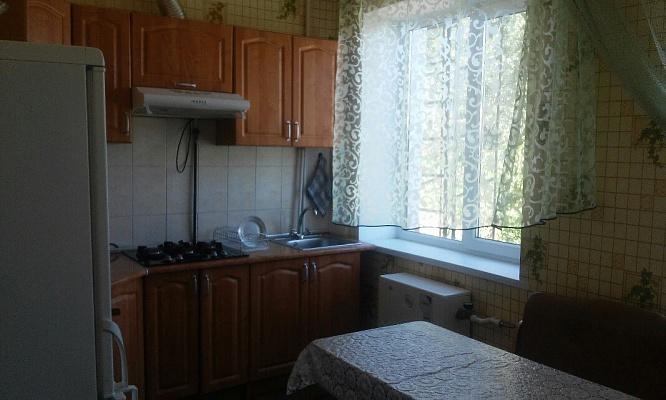 1-комнатная квартира посуточно в Хмельнике. ул. Котовского, 10. Фото 1