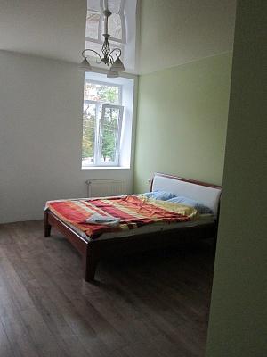 1-комнатная квартира посуточно в Стрые. ул. Нижанковского, 5. Фото 1