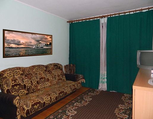 1-комнатная квартира посуточно в Ровно. ул. Парковая. Фото 1