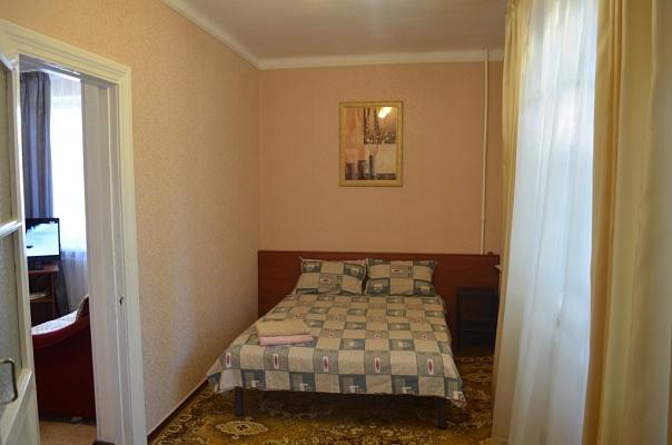 2-комнатная квартира посуточно в Одессе. Киевский район, ул.Фонтанская дорога, 14-Б. Фото 1