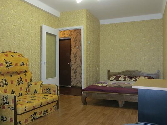 1-комнатная квартира посуточно в Киеве. Оболонский район, пр-т Оболонский, 43. Фото 1