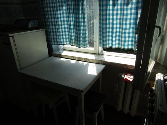 1-комнатная квартира посуточно в Харькове. Дзержинский район, пр-т Науки (пр-т Ленина), 86. Фото 1