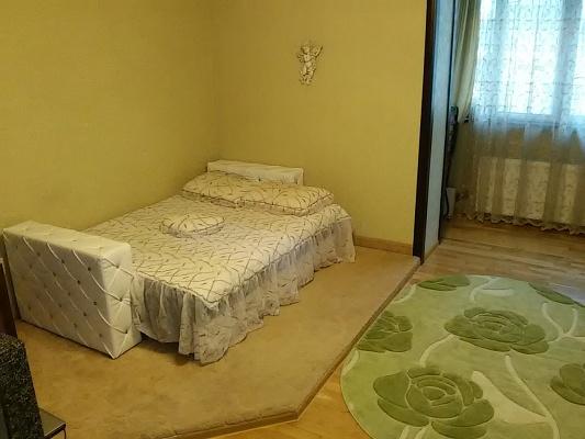 1-комнатная квартира посуточно в Мариуполе. пр-т Ленина, 81. Фото 1