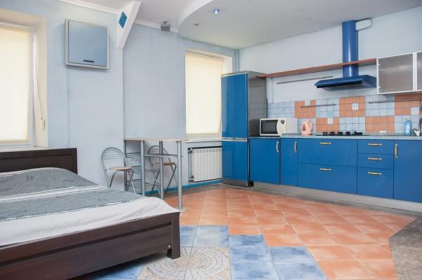 1-комнатная квартира посуточно в Киеве. Подольский район, ул. Константиновская, 18. Фото 1