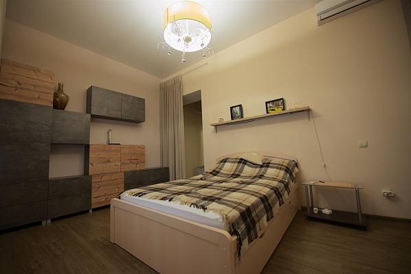 1-комнатная квартира посуточно в Одессе. Приморский район, ул. Торговая, 51. Фото 1
