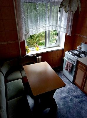 1-комнатная квартира посуточно в Полтаве. Октябрьский район, ул. Хоткевича, 1. Фото 1