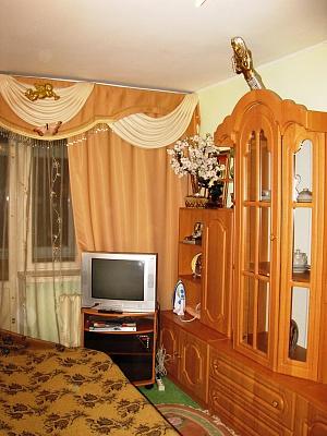 1-комнатная квартира посуточно в Ровно. пр-т Мира, 19. Фото 1