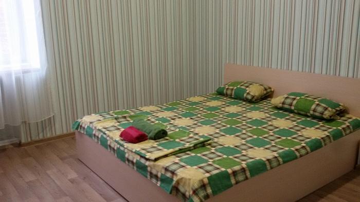 1-комнатная квартира посуточно в Харькове. Киевский район, Маршала Бажанова, 6. Фото 1