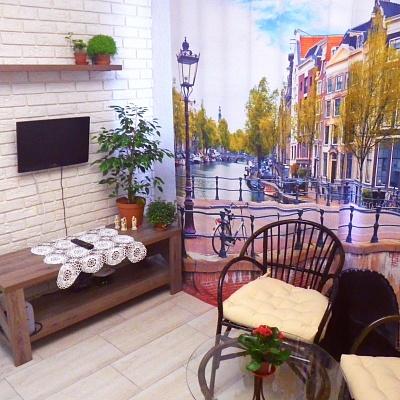 1-комнатная квартира посуточно в Чернигове. Деснянский район, ул. Одинцова, 10. Фото 1