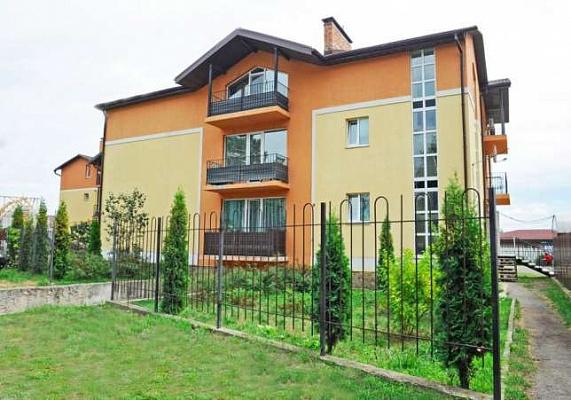 2-комнатная квартира посуточно в Ирпене. пгт. Ворзель, ул. Строительная, 21. Фото 1