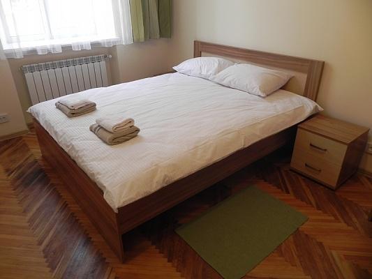 2-комнатная квартира посуточно в Львове. Галицкий район, ул. И. Федорова, 21. Фото 1