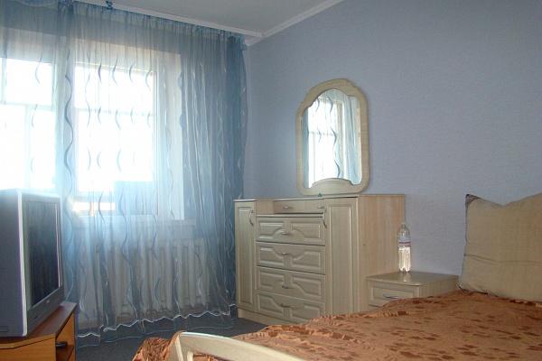 2-комнатная квартира посуточно в Ковеле. ул. О. Вересая, 4. Фото 1