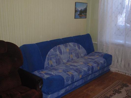 2-комнатная квартира посуточно в Миргороде. ул. Панаса Мирного, 12. Фото 1