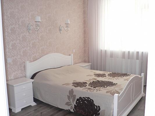 1-комнатная квартира посуточно в Одессе. Приморский район, Гагаринское Плато, 5-Б. Фото 1