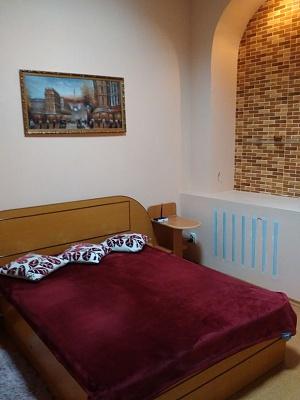 2-комнатная квартира посуточно в Николаеве. Центральный район, ул. Московская, 8. Фото 1