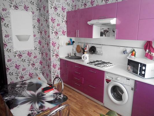 1-комнатная квартира посуточно в Севастополе. Гагаринский район, пр-т Октябрьской революции, 20. Фото 1