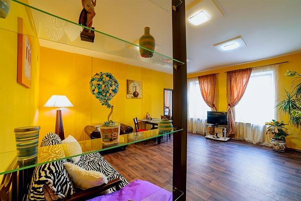 2-комнатная квартира посуточно в Одессе. Приморский район, пер. Воронцовский, 7. Фото 1