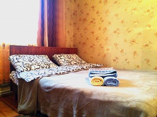 2-комнатная квартира посуточно в Тернополе. ул. Б. Хмельницкого, 14. Фото 1