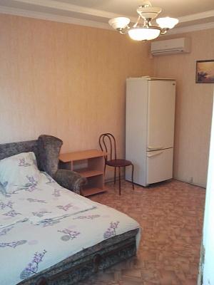 1-комнатная квартира посуточно в Севастополе. Гагаринский район, Казачья бухта, 1. Фото 1
