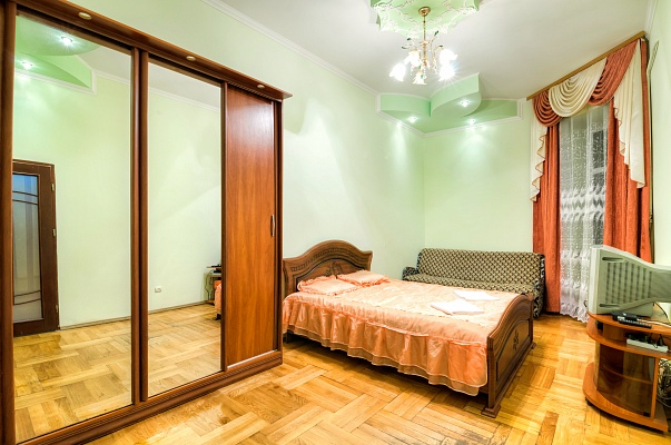 1-комнатная квартира посуточно в Львове. Зализнычный район, ул. Городоцкая, 60. Фото 1