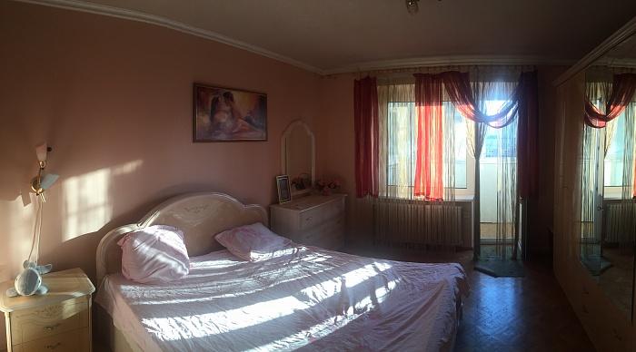 3-комнатная квартира посуточно в Одессе. Приморский район, пр-т Шевченко, 25а. Фото 1