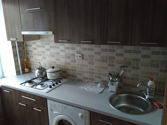1-комнатная квартира посуточно в Ровно. ул. Видинская, 3. Фото 1