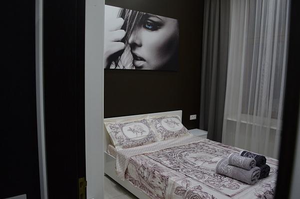 2-комнатная квартира посуточно в Львове. Галицкий район, ул. Черноморская, 1. Фото 1
