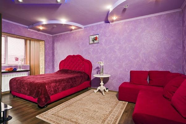 1-комнатная квартира посуточно в Киеве. Деснянский район, ул. Закревского, 39А. Фото 1