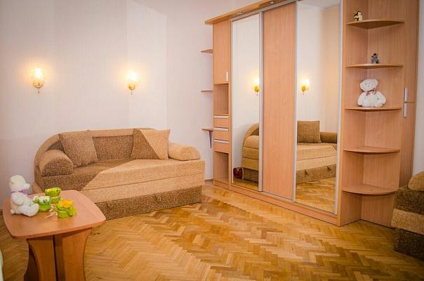 1-комнатная квартира посуточно в Львове. Галицкий район, ул. Огиенка, 11. Фото 1