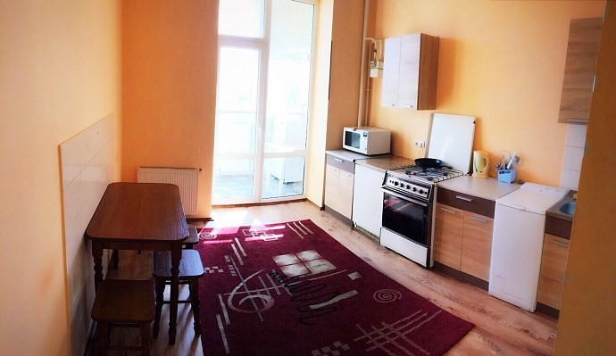 2-комнатная квартира посуточно в Ивано-Франковске. ул. Волчинецкая, 162. Фото 1