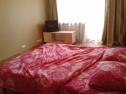 2-комнатная квартира посуточно в Харькове. Киевский район, ул. Академика Проскуры, 9. Фото 1