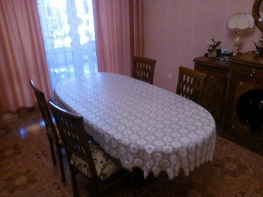 2-комнатная квартира посуточно в Скадовске. ул.  Набережная, 10. Фото 1