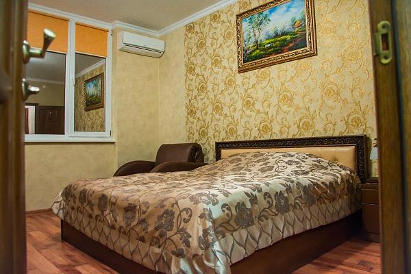 2-комнатная квартира посуточно в Трускавце. ул. Маркияна Шашкевича, 16. Фото 1