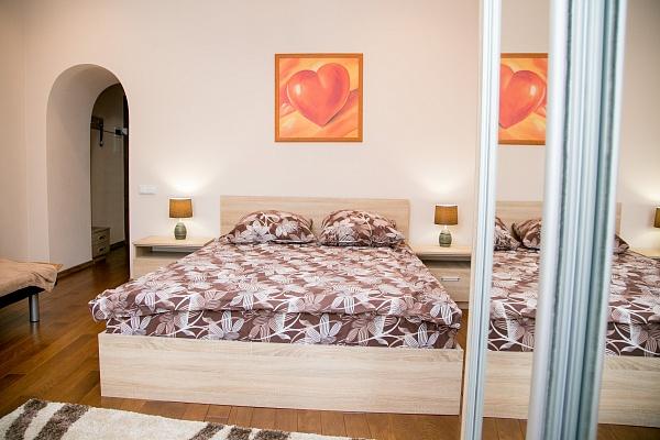 1-комнатная квартира посуточно в Львове. Галицкий район, ул. Армянская, 31. Фото 1