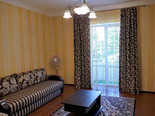 2-комнатная квартира посуточно в Виннице. Ленинский район, ул. Иерусалимка, 9. Фото 1