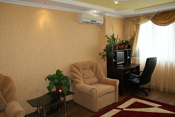 1-комнатная квартира посуточно в Феодосии. п.Приморский ул Южная, 11. Фото 1