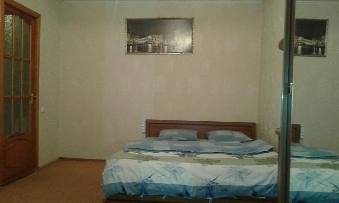 1-комнатная квартира посуточно в Белгороде-Днестровском. ул. Провадийская, 10а. Фото 1