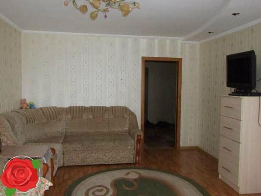 2-комнатная квартира посуточно в Ровно. ул. Богоявленская (Черняка), 28. Фото 1