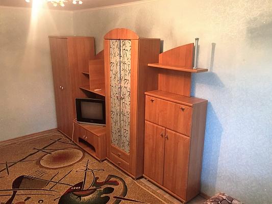 1-комнатная квартира посуточно в Белгороде-Днестровском. ул. Портовая, 2. Фото 1
