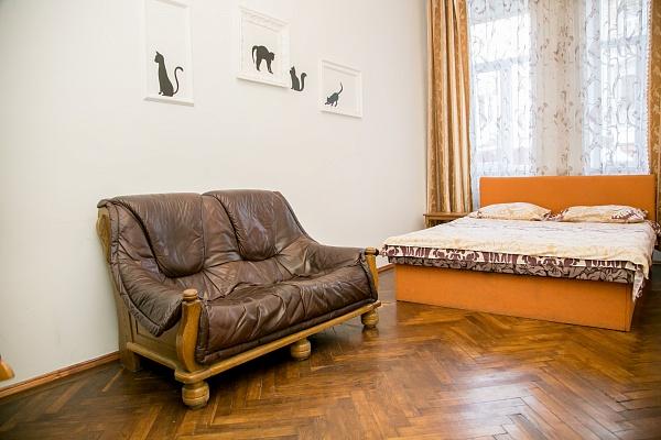 2-комнатная квартира посуточно в Львове. Лычаковский район, ул. Левицкого, 48. Фото 1