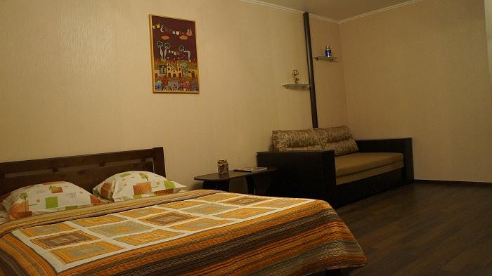 1-комнатная квартира посуточно в Киеве. Голосеевский район, ул. Горького, 88. Фото 1