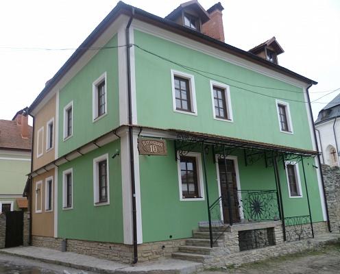 Мини-отель  посуточно в Каменце-Подольском. ул. Пятницкая, 10. Фото 1