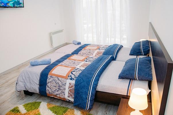 2-комнатная квартира посуточно в Ужгороде. ул. Минайская, 18. Фото 1