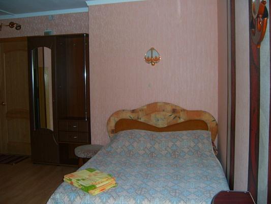 1-комнатная квартира посуточно в Николаеве. Центральный район, пр-т Центральный (Ленина), 74-А. Фото 1