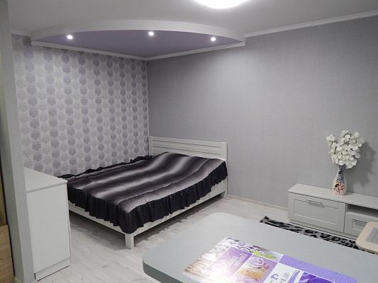 1-комнатная квартира посуточно в Буче. ул. Гмыри , 16а. Фото 1