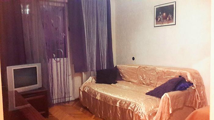 1-комнатная квартира посуточно в Киеве. Соломенский район, б-р Ивана Лепсе, 9. Фото 1