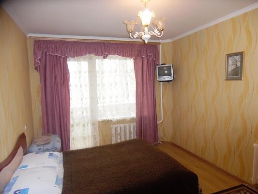 1-комнатная квартира посуточно в Ровно. ул. Данила Галицкого, 2. Фото 1
