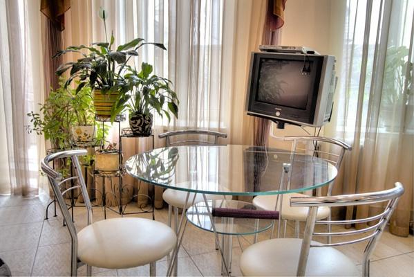 2-комнатная квартира посуточно в Одессе. Приморский район, ул. Ришельевская, 48. Фото 1