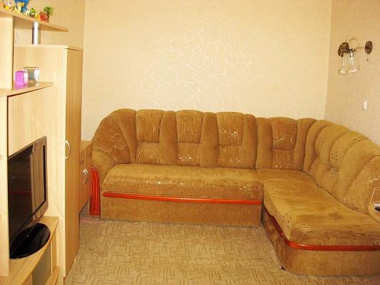 1-комнатная квартира посуточно в Ялте. ул. Пироговская, 4. Фото 1